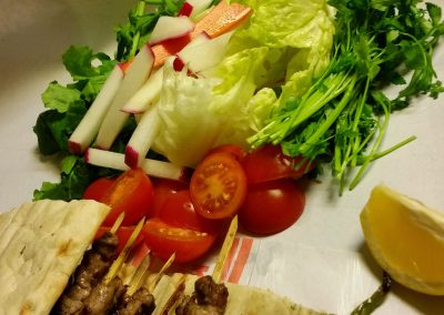 TAMERS Kebab Rolli mit Rindfleisch und Gemüse
