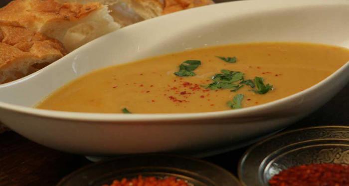 Tamers Catering Leipzig - Ezogelinsuppe - Rote Linsen püriert mit osmanischen Gewürzen vegan