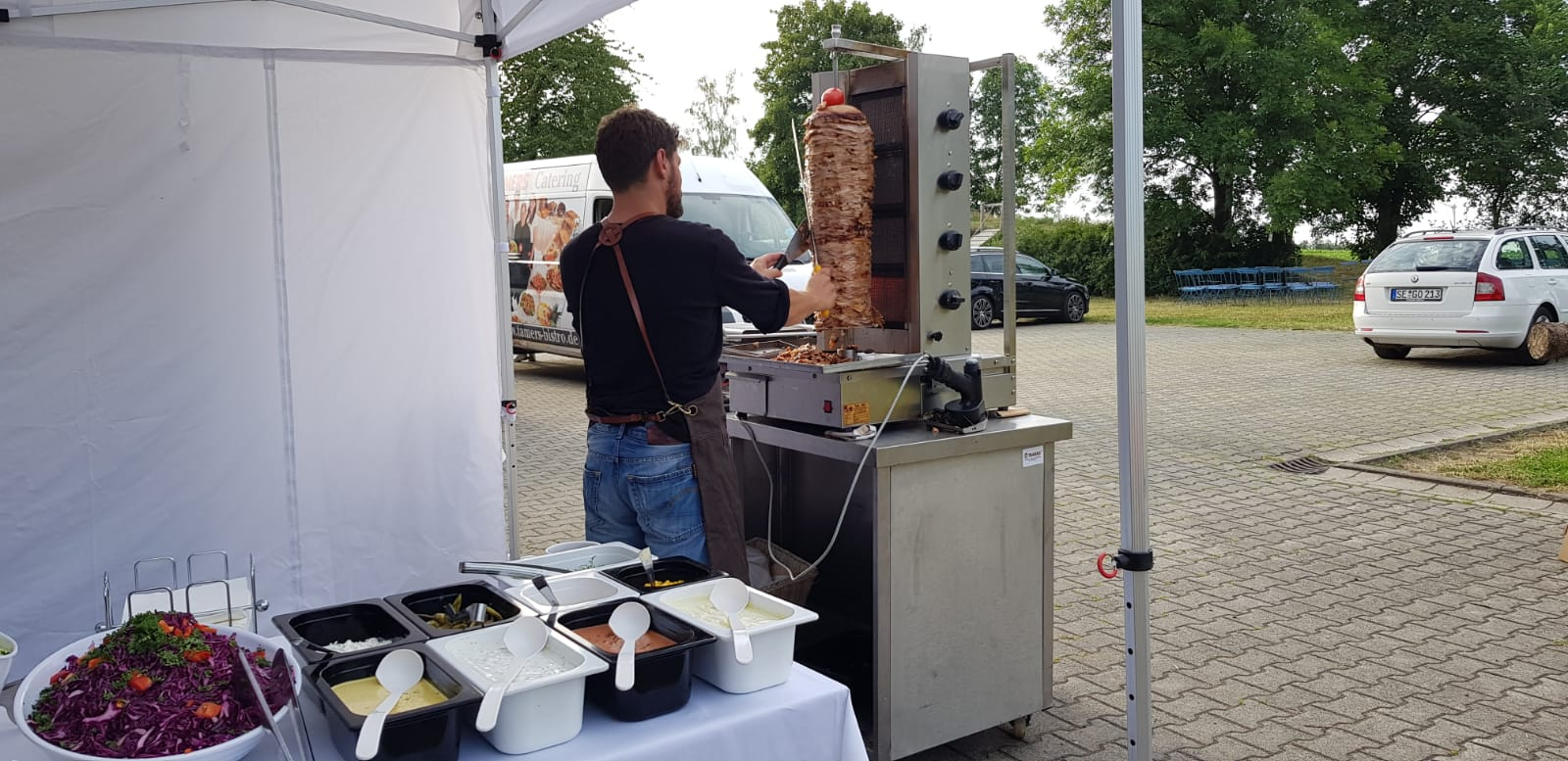 Dönergrill-Catering - Zubereitung - Tamers Catering Leipzig